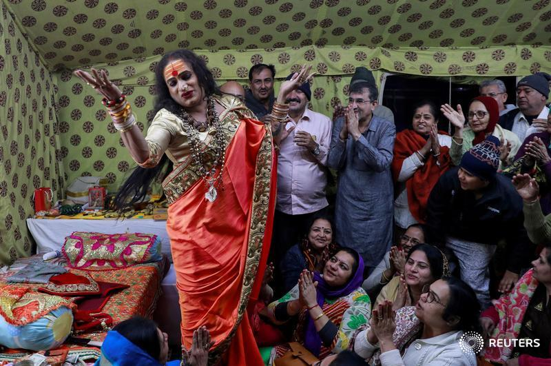From pariah to demi-god: Laxmi Narayan Tripathi, a tattooed transgender leader and a former reality TV star, has become an unlikely icon at India's Kumbh Mela, a huge religious festival being held on the banks of the Ganges river https://reut.rs/2S3iSkI