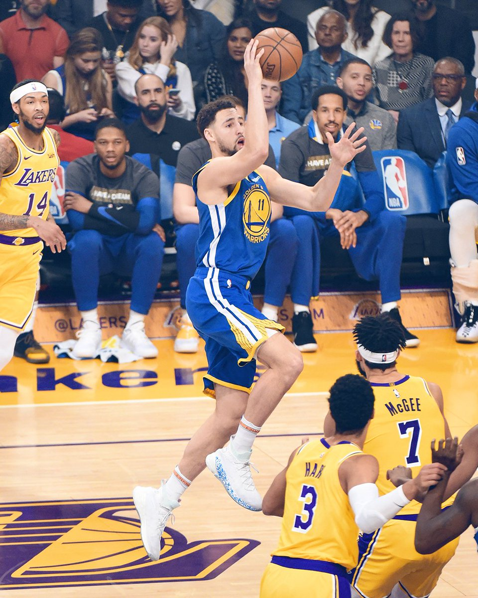 Klay is now 19th on the NBA all-time 3-point field goals made list, passing Steve Nash 💥