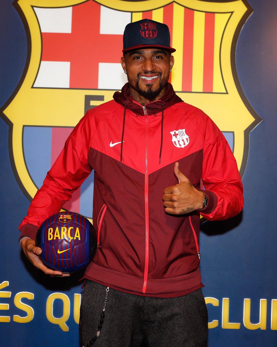 👍 @KPBofficial  😉 Good morning Barça Fans! ⚽️ #EnjoyPrince  🔵🔴
