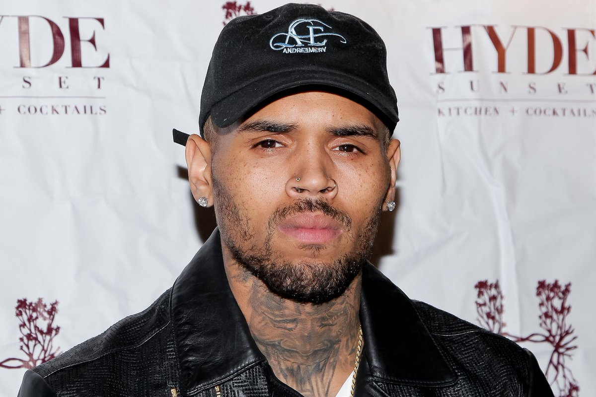 Chris Brown Arrested In Paris on Suspicion of Rape https://t.co/4dF0bC47L0 https://t.co/pZASSR88E2