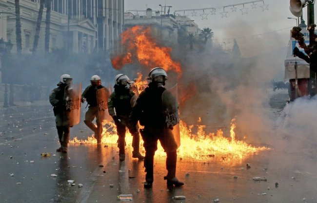 'Our Name Is Our Soul' - Greek Protesters Hurl Molotov Cocktails At Police Over Macedonia Name https://t.co/F1qeXoIwEd