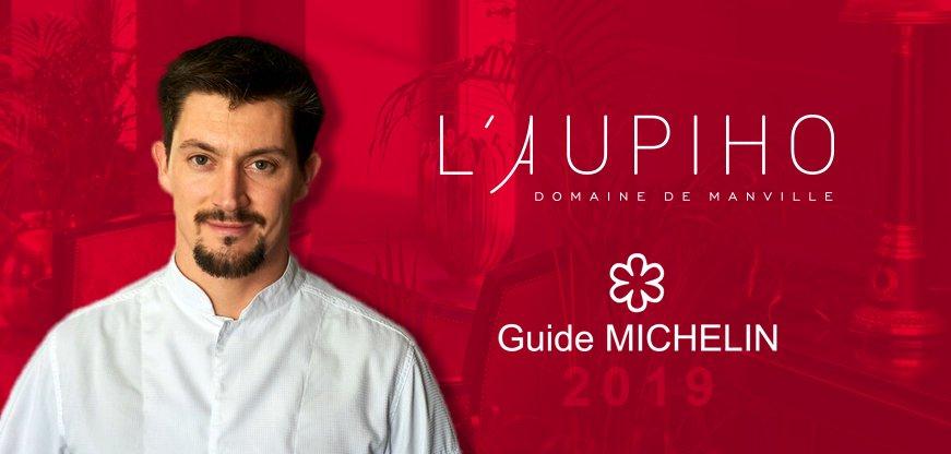 C'est avec une grande fierté que nous vous annonçons que Lieven Van Aken confirme l'étoile que le guide Michelin avait décerné l'année dernière au restaurant gastronomique l'Aupiho.  Un grand bravo à Lieven et à toute son équipe ! #GuideMichelin2019 #gastronomie #Provence #chef