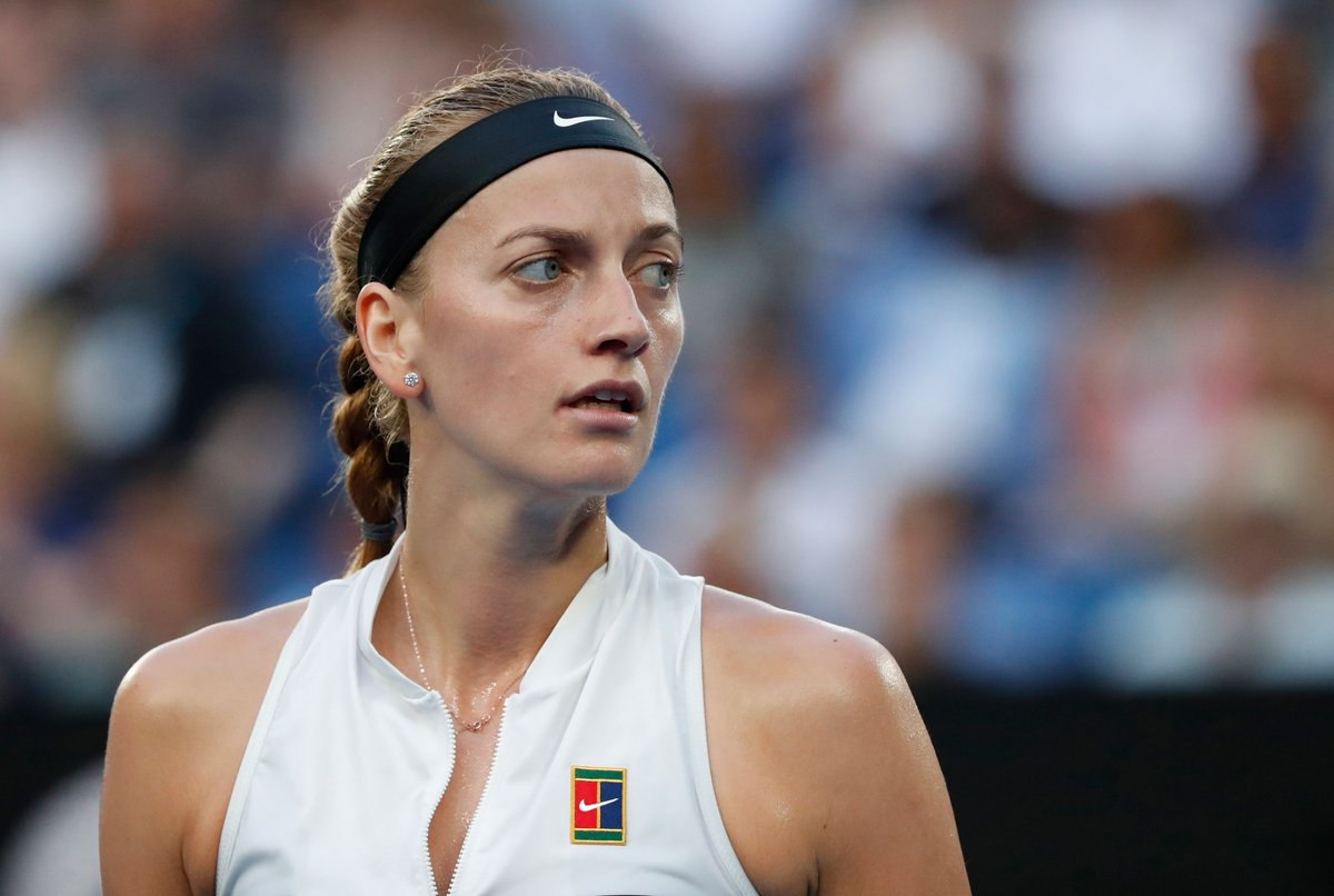👀 on the prize.  With one set in the bag vs. #Barty, #Kvitova is one set away from her first #AusOpen SF since 2012.