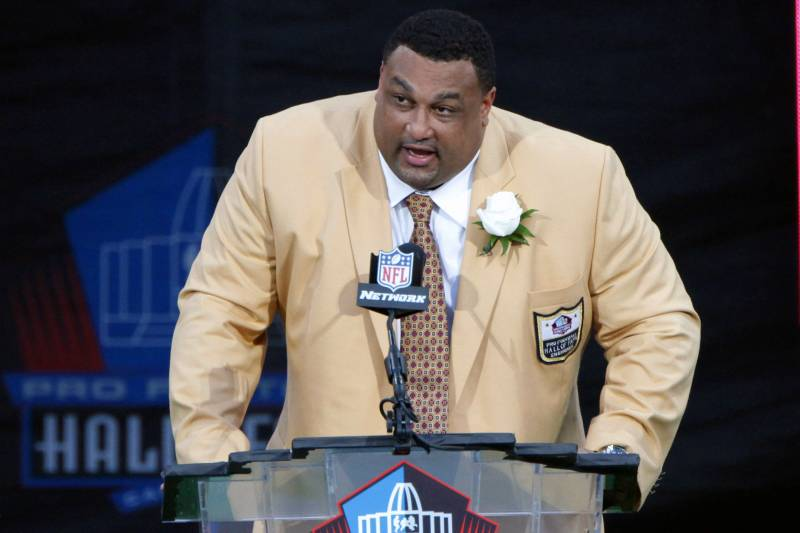 What does HOFer Willie Roaf miss most about the NFL? 'The mental part of it. It tests you, and I love that.'  https://t.co/1qwgD7nQ2s