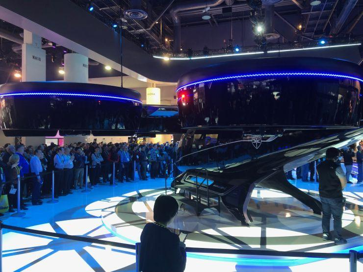 From foldable phones to high tech burgers, more than 4,500 companies unveiled their consumer tech innovations at #CES2019. Here's some of the tech that's set to make a 'quantum leap' this year https://t.co/UgUyap4aXk via @CNBC