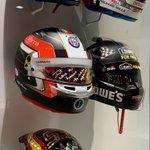 ¡La colección sigue aumentando! Llegan los cascos de #GerhardBerger, @Charles_Leclerc, @Carlossainz55, @Sebastien_buemi y @JimmieJohnson 👏👏👏👏👏