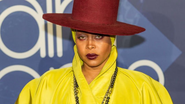 Erykah Badu Faces Backlash After Speaking on R Kelly: 'I hope he sees the light of day' https://t.co/0rXZogbHgb