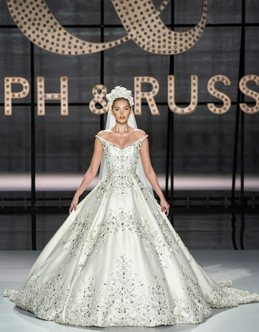 Take a look at the Ralph & Russo Spring 2019 Couture Collection