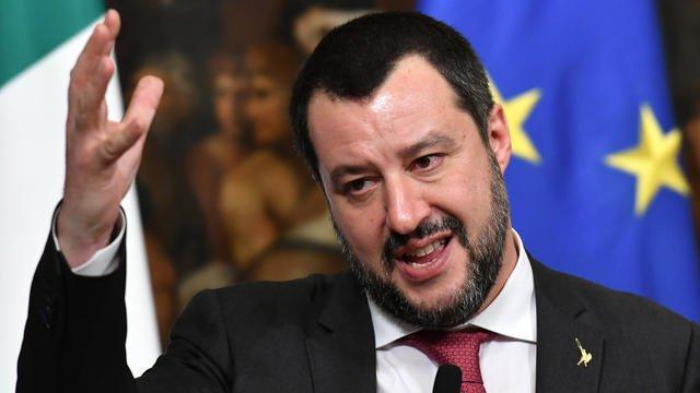 Matteo #Salvini espère que les Français se libéreront d'un «très mauvais président» https://t.co/mZqn4X3FBc