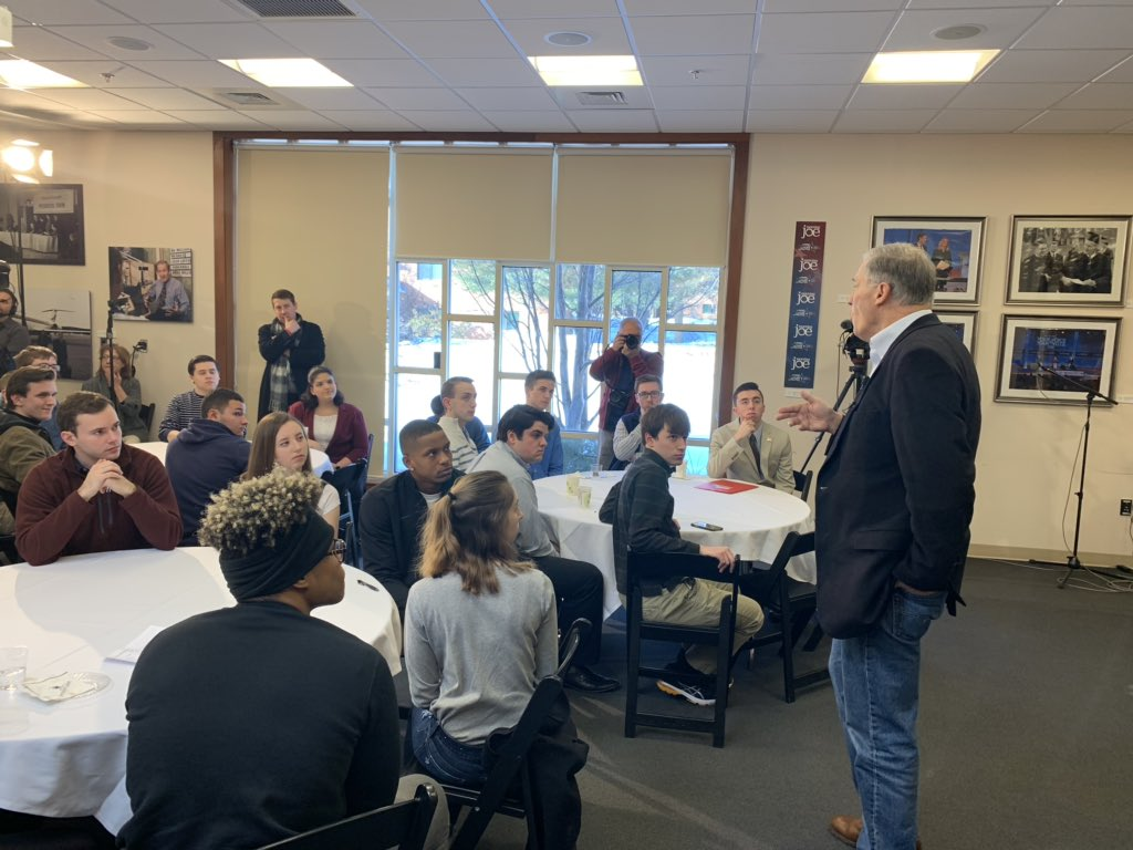 """""""We know we have to stop being slaves to the oil and gas industry"""" -@GovInslee to students at Saint Anselm College #InsleeWatch #waelex"""