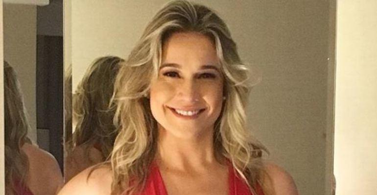Entregou! Agora no entretenimento, Fernanda Gentil confessa time do coração --> https://t.co/f9HWzw1kIf