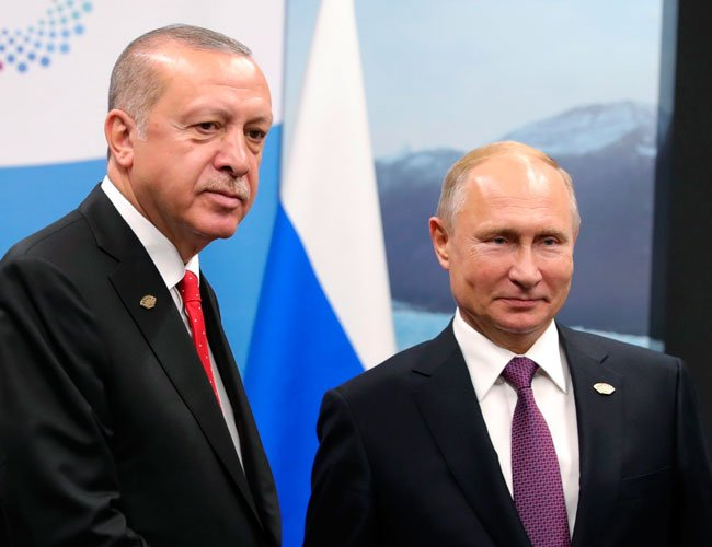 Syria tops agenda of Turkish, Russian leaders' meeting in Russia http://hry.yt/2D3oI