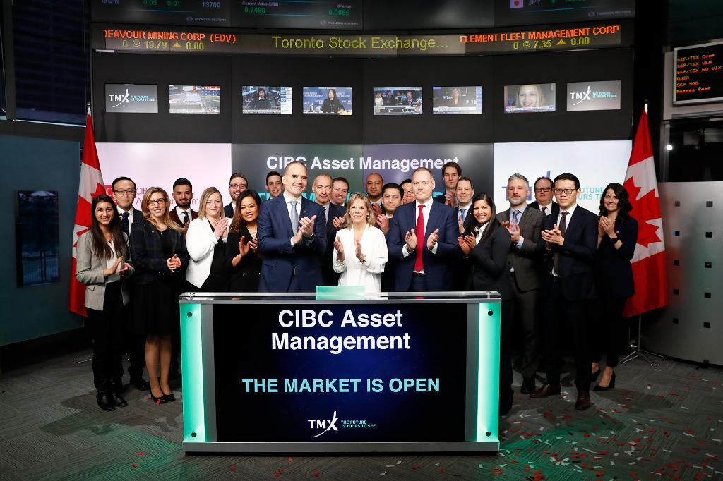 RT tsx_tsxv 'David Scandiffio, President & CEO, CIBC Asset Management Inc., opened the market to celebrate the launch of four new ! CM#ETFsCE; CMUE/CMUE.F; CAFR; and CACB commenced trading on Toronto Stock Exchange on January 22, 2019. https://t.co/Jm6EUIhTQJ'