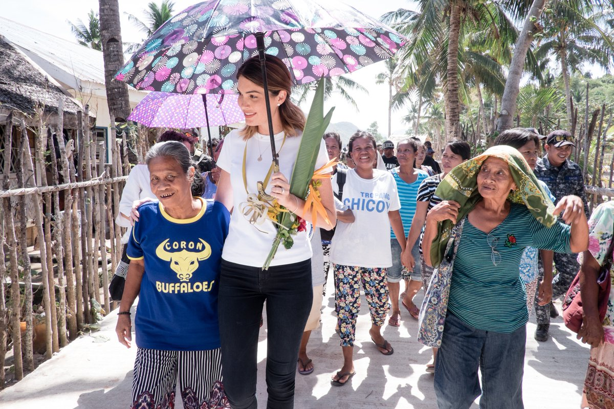 """""""That first visit to Coron helped me appreciate, transform and realize my role in helping others through charity', #MissUniverse 2013 @Molly_Isler  ⠀ With support from Isler's foundation, Cordaid has helped improve water and environmental management. ➡️ http://bit.ly/2FQi4Jy"""