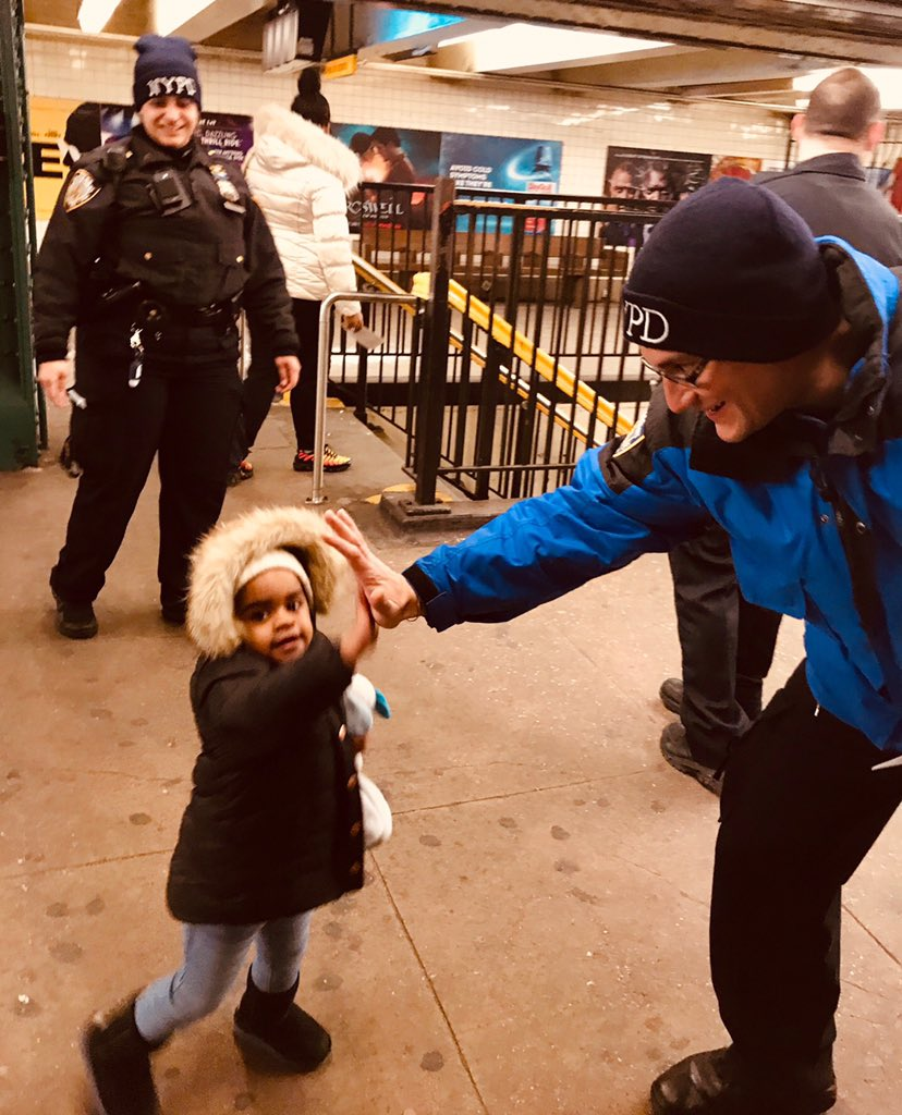 This afternoon members of the Community Outreach Division partnered with @NYPDTransit District 3's Neighborhood Coordination Officers to assist commuters and raise awareness about Hate Crimes. 🚉 👮♂️ #NYPDProtecting