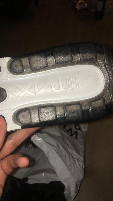 4d427fd02 نايك تطرح حذاء