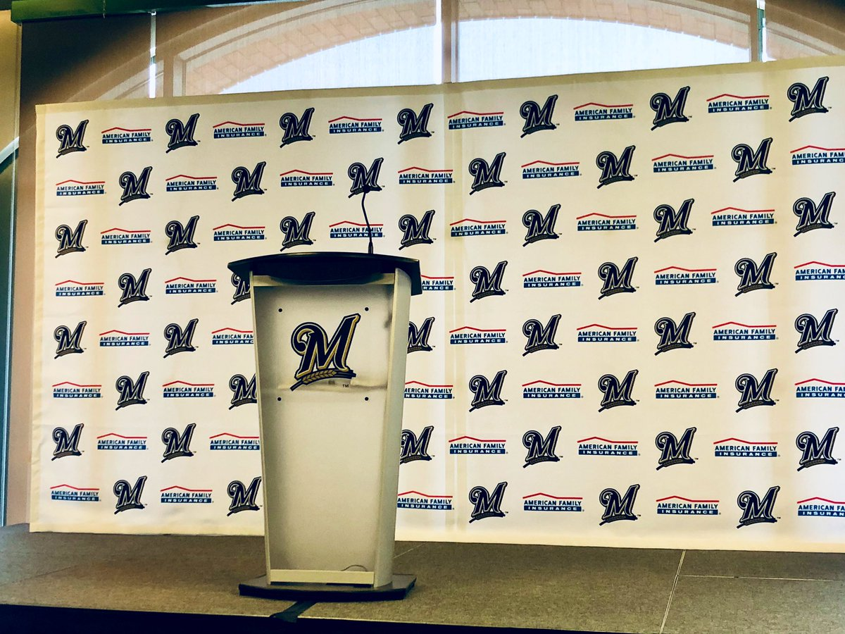 #BREAKING LIVE: @Brewers make announcement about naming rights change for Miller Park https://t.co/HQ97mfON6E
