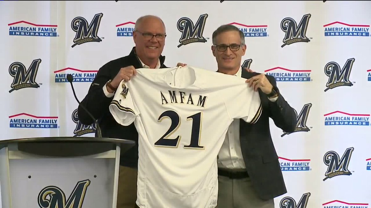 #BREAKING @Brewers , @amfam unveil long-term agreement which includes naming rights https://t.co/HQ97mfON6E