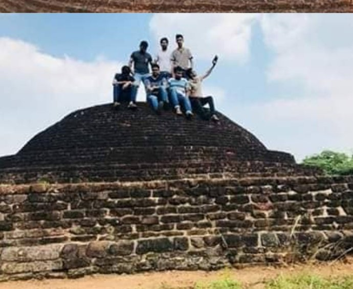 Police launched an investigation over those who published images to #SocialMedia captured on archeological Pagoda in Horowpathana. Archeological Dept has complained to Police #LKA  #SriLanka Last year police arrested 3 youths after they published half-naked images on #Pidurangala