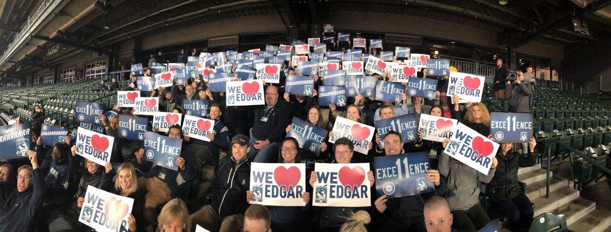 .@Mariners staff all ready for the #HOF announcement. Edgaaaaar!!!!