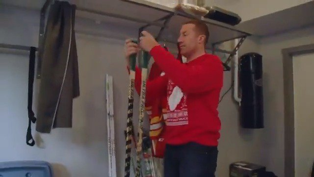 Mike Commodore stars in this edition of At Home With The #Flames, presented by @HomesByAviYYC!