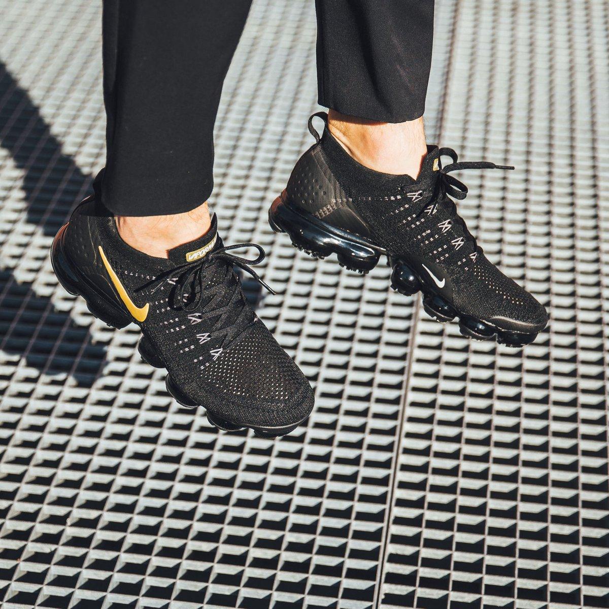 db3d3ec0f23 Another 1 on  sale 💥 Nike Wmns Air Vapormax Flyknit 2 - Black Metallic