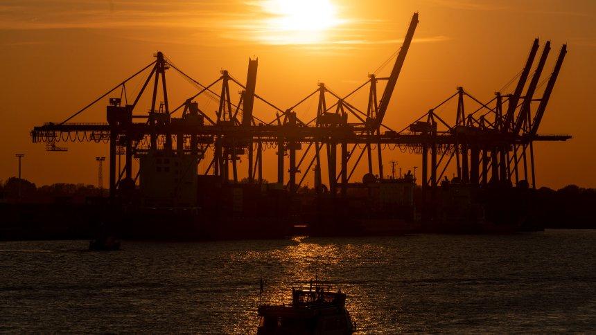 Konjunktur: Deutsche Exporteure rechnen mit deutlichem Plus https://t.co/zZW23EDyFN