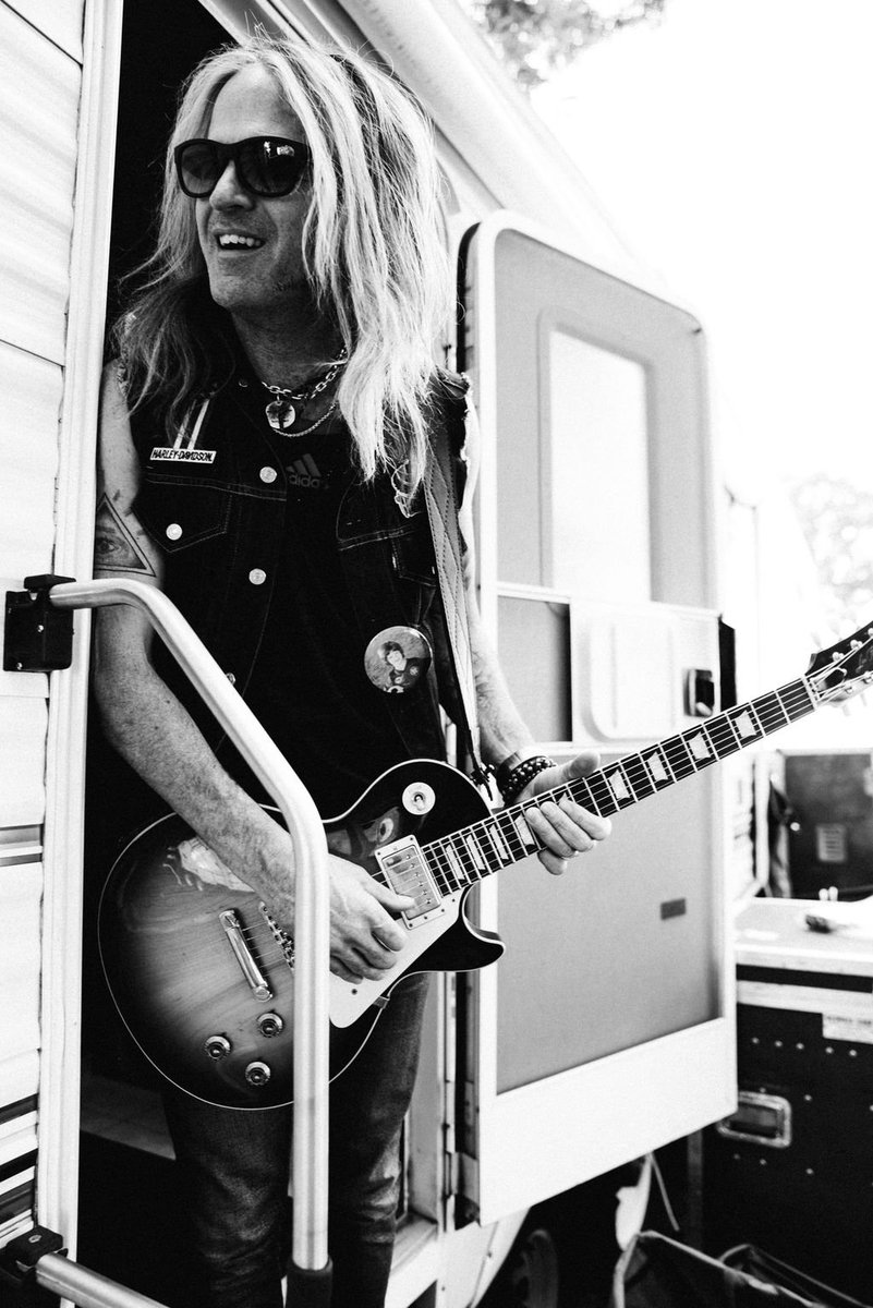Legend has it @douglas_aldrich was born with a guitar in his hands...