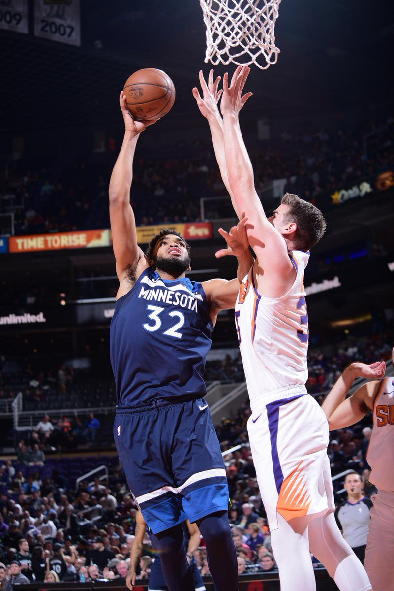 10fc79f461b Karl-Anthony Towns has 20 points (on 13 FGA) 11 rebounds   5