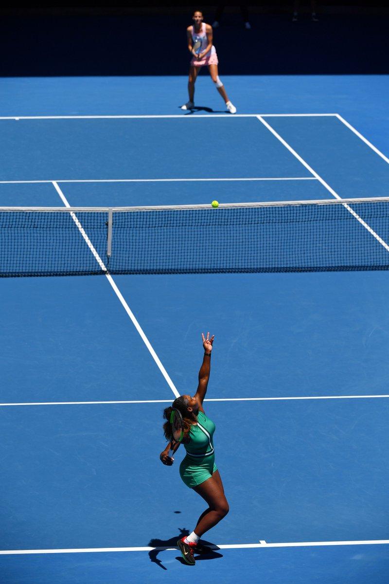 Ace update at 4-4 in the 2nd 📊  Serena: 6 Pliskova: 4  #AusOpen