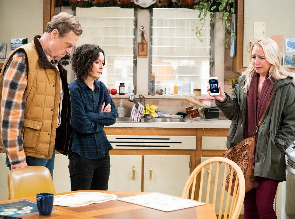 The season finale of #TheConners ended with a cliffhanger, a return and a twist that's really messing with our hearts. https://t.co/B2zFjyQkJW