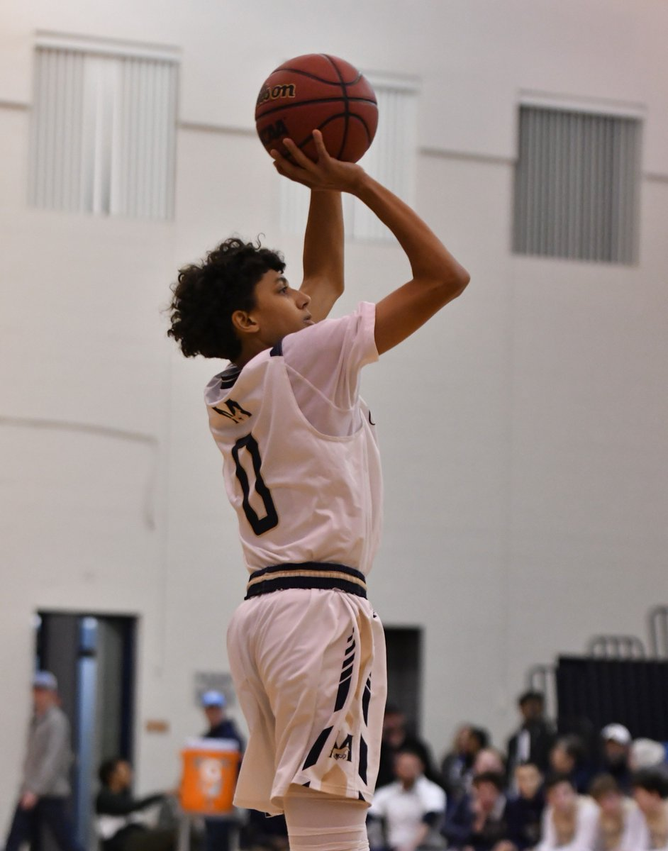 Yo: Pick up a copy of Sports Illustrated on Thursday -- Mullen Sr. guard Christian Davis is in Faces in the Crowd for his 55-point effort right before X-mas. Only 1 layup, 2 FTs & 51 points away from the basket, including 15 3s.    #copreps#Mullenathletics@Presto89@MullenMustang