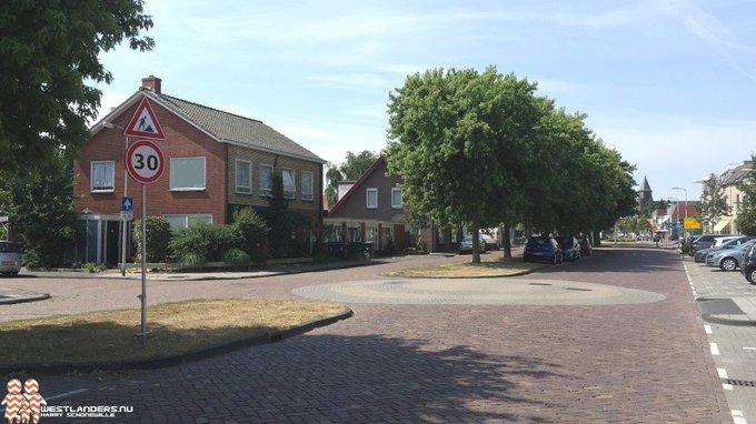 Onduidelijke ruzie in Honselersdijk eindigde in steekpartij https://t.co/1hIdcGIlMh https://t.co/TcbSDg1ULV