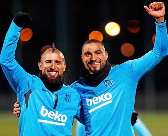Hätte mir vor einem Jahr jemand gesagt, dass die beiden mal gemeinsam für den @FCBarcelona spielen werden, hätte ich einen Arzt gerufen 😉