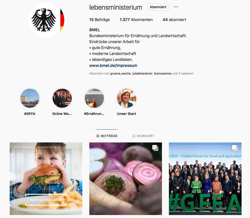 """Ein weiteres Ministerium tummelt sich bei Instagram! Das @bmel findet man dort nun als """"Lebensministerium"""". Präsentiert werden hauptsächlich Foodfacts und Einblicke in Themen der modernen Landwirtschaft und Tierhaltung. https://www.instagram.com/lebensministerium/… #instapolitik pic.twitter.com/gxcqO6VlRm"""