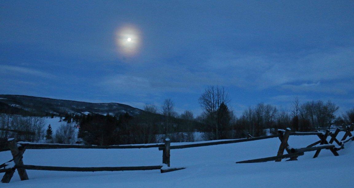 Ski Haus Steamboat >> Ski Haus Steamboat On Twitter The Super Blood Wolf Moon