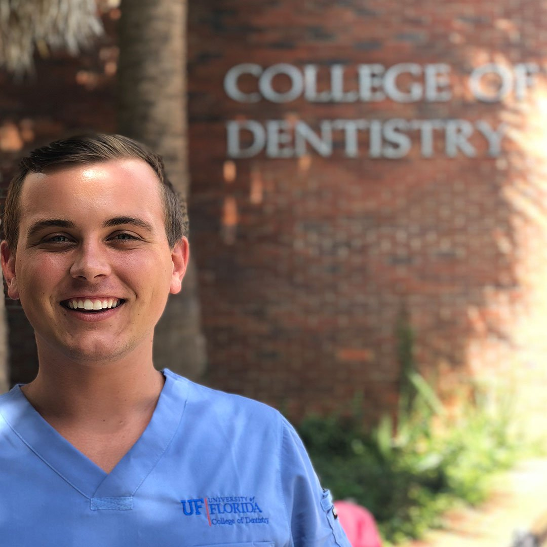 Today we're hosting our first-ever Instagram takeover with @UFLDentistry student, Carson. Follow us on Instagram to get a glimpse of life as a D1, ask questions and more!  https://www. instagram.com/studentdoctorn etwork/  …   #dentalstudent #dentalstudentlife #ASDA #UFCD #GatorDentists<br>http://pic.twitter.com/aqoRR2tkqV
