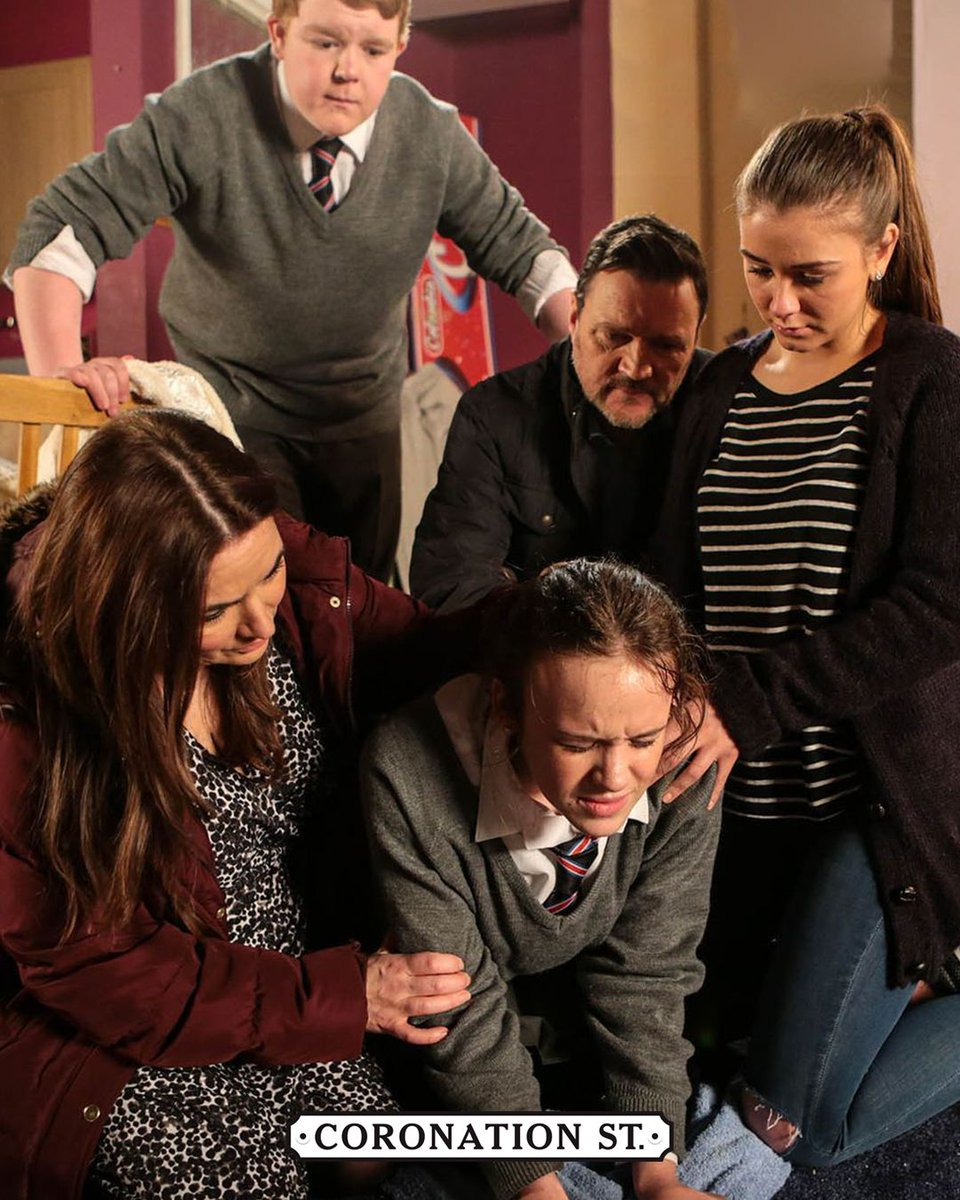 Amy is lucky to have Faye and Craig to talk to. Do you remember Miley's birth four years ago? #Flashback #Corrie