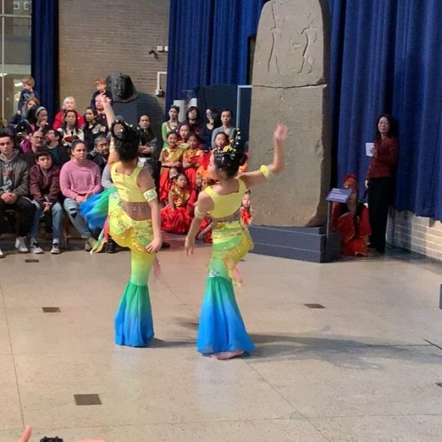 Dance at the Penn Museum in celebration of the Lunar New Year (Chinese New Year). 🌝⛩ #dance #dancing #dancers #video #chinese #chinesedance #lunarnewyear #chinesenewyear #pennmuseum #igers_philly #culture #philadelphia #philly #phillygram #phillyprim… http://bit.ly/2U99edN