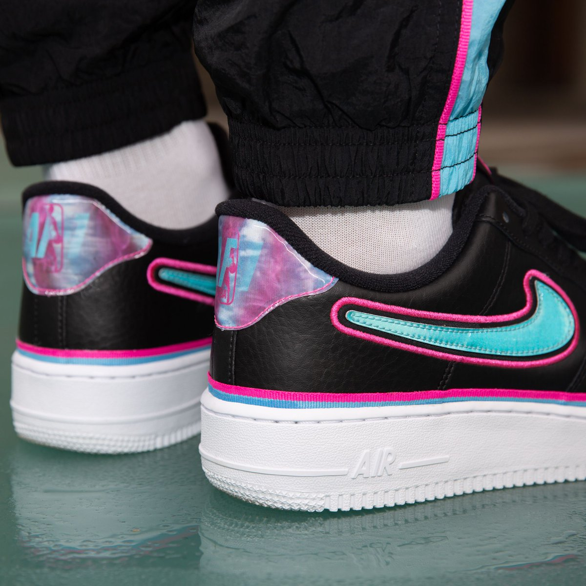 Titolo On Twitter Sale Now Nike Air Force 1 07 Lv8