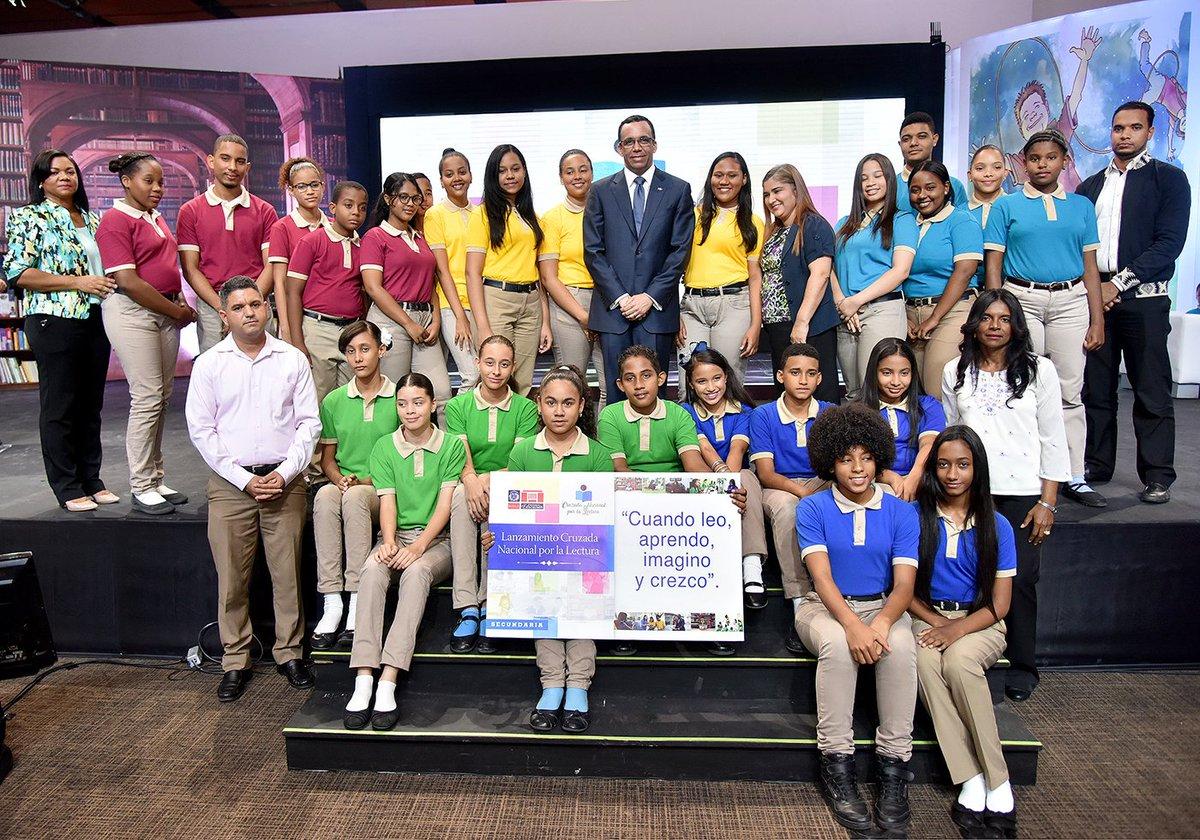 Ministro de Educación Andrés Navarro pone en marcha Cruzada Nacional por la Lectura