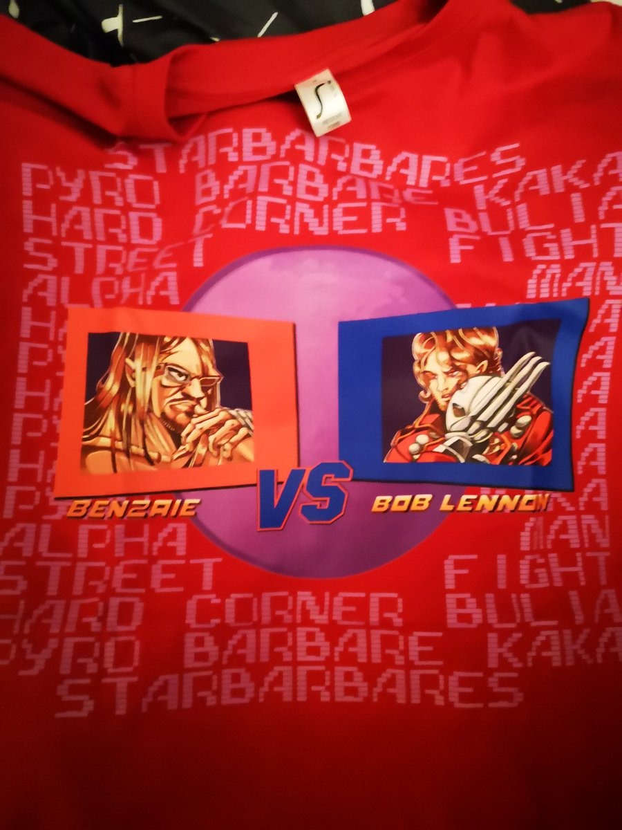 04c480dd6c25b J ai pris le t-shirt du PLAISIR  Benzaie tgwtg VS  RoiLennon Haaaan! Je  sais ce que je vais porter à la Paris Manga.pic.twitter.com gfeddUVYvF