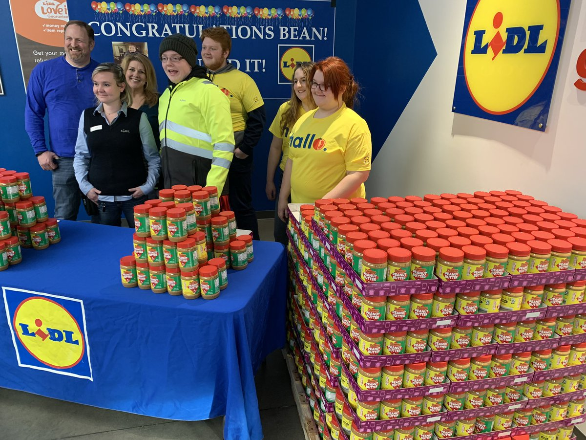 Bean won a lifetime supply of peanut butter from @LidlUS. He has autism and only eats peanut butter and jelly on english muffins 3x's a day. Today, he's giving away some of that peanut butter to furloughed workers at Lidl in Dumfries. @wusa9