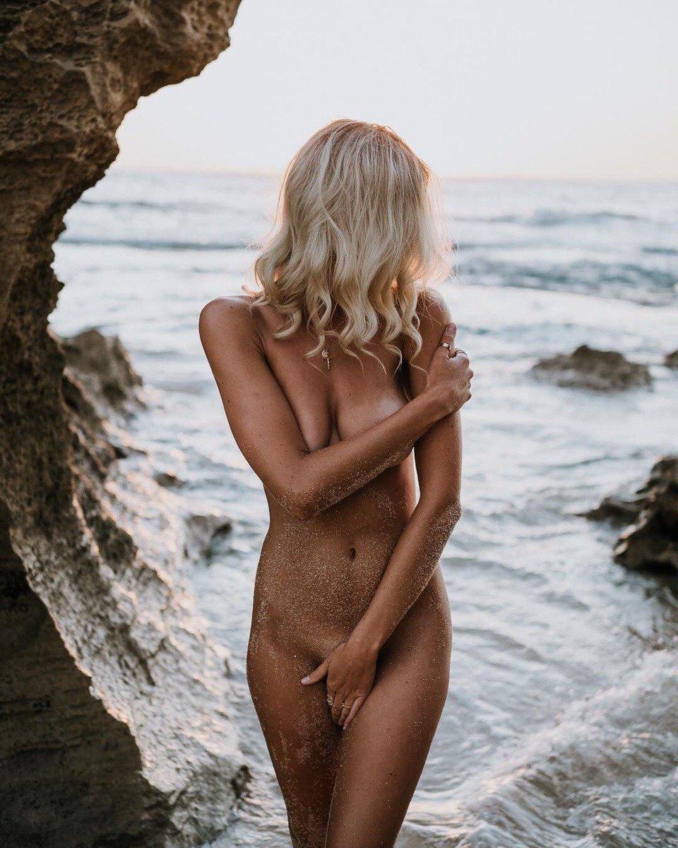 Queensland nude #11