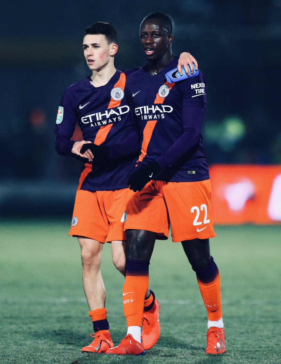 Tough game in difficult conditions, but back to Wembley we go 🙌🏼 Welcome back @benmendy23 🦈 #City #SharkTeam