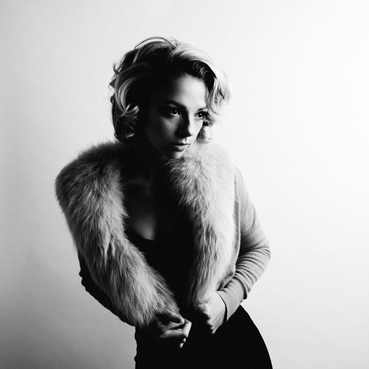 Don't miss your chance to see one of blues most exciting rising stars as The Kessler Presents: Samantha Fish (@Samantha_Fish) live at Shipping and Receiving (@SandR_Bar) Thursday, February 7th w/ special guest John Egan ( @gindiaries) Tickets are limited: http://ow.ly/x14b30npEaJ
