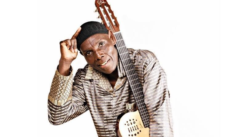 The man with The Talking Guitar Oliver Mtukudzi