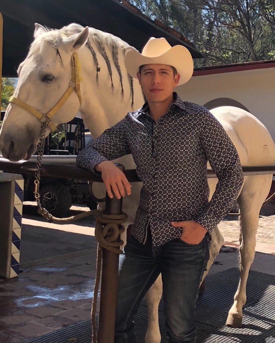 #Like si te gusta mi caballo #RT si te gusto yo 😏