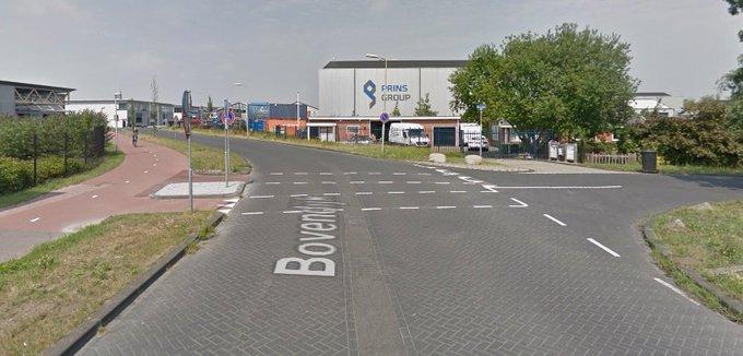 Kleine aanpassing bij oversteekplaats Bovendijk https://t.co/fRJAfxkweT https://t.co/3OouRx3DpJ