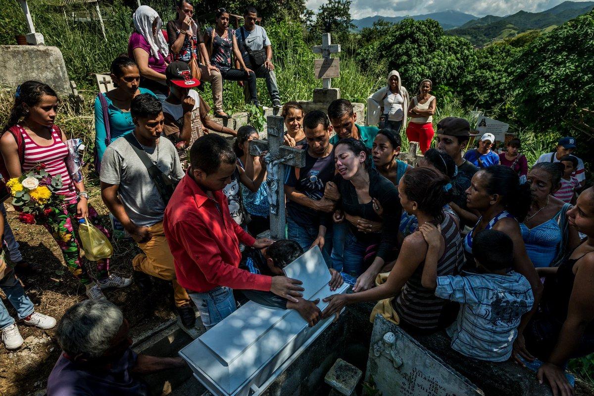venezuelan people starving - HD2048×1367